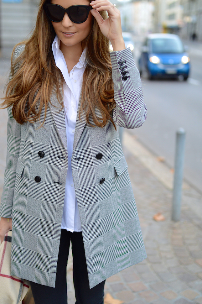Lara Caspari Business Coat Style
